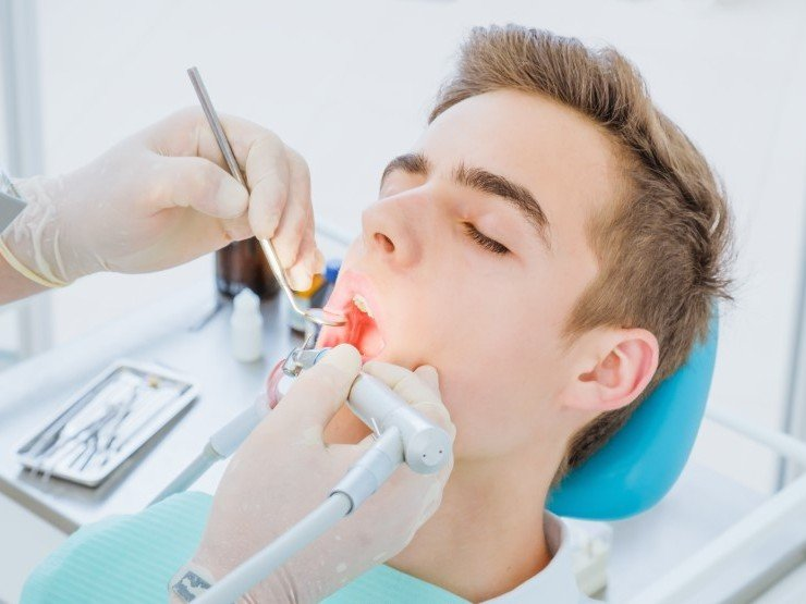 You are currently viewing Root Canals are Effective at Saving Teeth